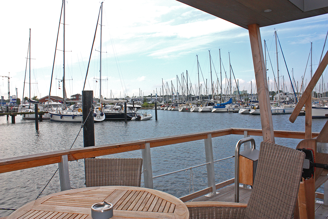 Under Dock Hausboot Terrasse