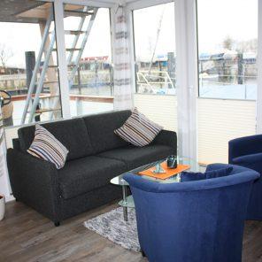 Under Dock Hausboot Innenbereich
